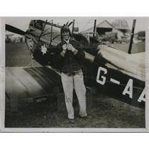 1929 Press Photo Pilot Captain W.E. Rope After King's Cup Race - ney08996
