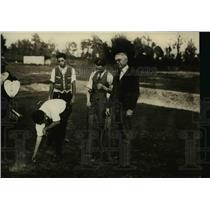 1924 Press Photo Dr AA Murphree president U of Florida, Hal Cochran golfing