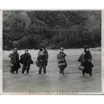 1952 Press Photo Ladies Fording Dyea River During Gold Rush Reenactment