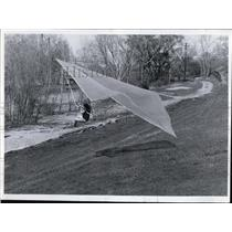 1972 Press Photo Kite plane-Charles Slusarczyk - cvo02135
