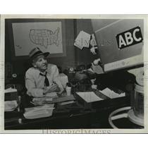 1976 Press Photo Walter Winchell, Man of All Media - mjx08066