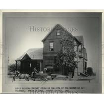 1892 Press Photo Lewis Scheife Grocery, Whitefish Bay's first store - mja23870