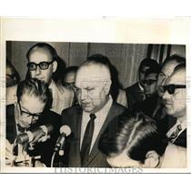 1970 Press Photo Francesco De Martino Discusses New Government - nef07649