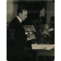 1922 Press Photo Paul F. Godley of Radio at Typewriter - ney13872