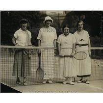 1925 Press Photo Beatrice Henderson, Mrs Calendra, Lutfia Brusry at tennis in DC
