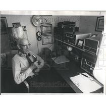 1976 Press Photo Harry Wahlberg Ham Radio operator - RRR43235