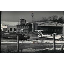 1991 Press Photo Crites Field, Waukesha County's aiport is a reliever airport.