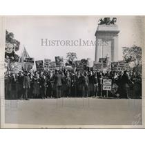 1934 Press Photo Communists rally at Columbus Day in New York City - net17622