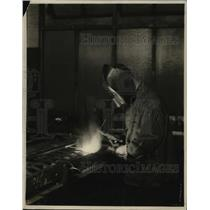 1927 Press Photo Welder Working at Western Electric Company - ney15409