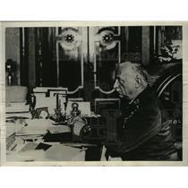1929 Press Photo Spain Premier General Primo de Rivera at Desk - ney15952