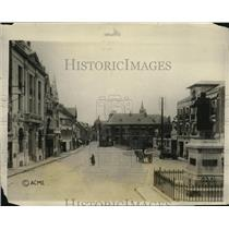 1927 Press Photo Street Reconstructed Shows Monument General Foy on Right