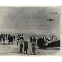 1929 Press Photo Pilot Roger Q. Williams Taking Off in Pathfinder Plane, Maine