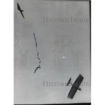 1961 Press Photo Model Plane controlled by Vincent Percer, Manitowoc - mja11262