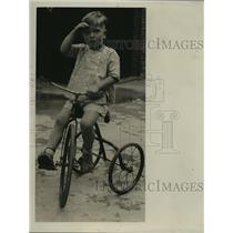 1930 Press Photo Philip La Follette's son, Robert III - mja15037