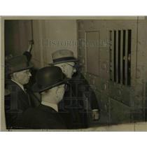 1934 Press Photo Martin J. Insul placed in the Country Jail in Chicago