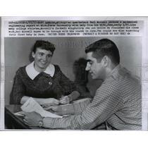 1957 Press Photo 49er QB Earl Morrall & wife Jean at East Lansing Michigan