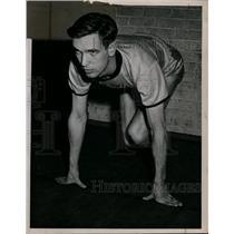 1917 Press Photo Baldwin-Wallace College hurdler and sprinter Nortbert Badar