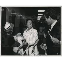 1968 Press Photo Mrs. Ethel Kennedy & newborn daughter at Georgetown Hospital
