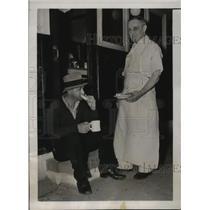 1937 Press Photo New York Tony Albano waits to buy bleacher seat - nera08124