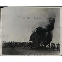 1939 Press Photo British Parliament Watching Balloon Barrage Demonstration