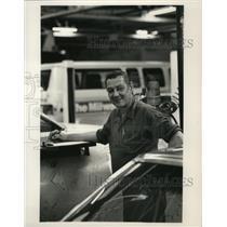 1988 Press Photo Calvin Klug, Milwaukee Journal Sentinel Employee for 25yrs