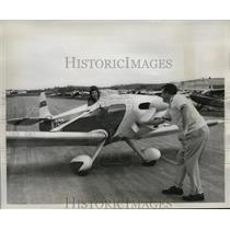 1958 Press Photo Mr and Mrs Alfred Trefethen Prepare for Take off in Plane