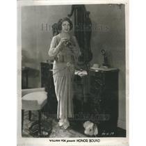 1928 Press Photo Estelle Taylor Honor Bound Movie - RRR49503