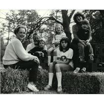 1983 Press Photo Roger Whittaker, singer, US - mja33415