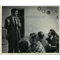 1984 Press Photo Milwaukee Police head Lt James Koleas at breakfast gathering