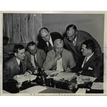 1933 Press Photo Counsel To Coal Industry Operators Draw UP NRA Code In Session