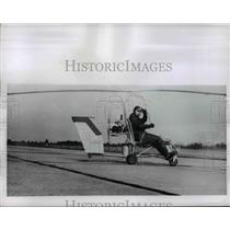 1956 Press Photo Tiny Helicopter Built From Do It Yourself Kit By Benson