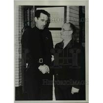 1934 Press Photo S. Graves Leaves Jail For San Quentin Prison For 1 to 14 Years