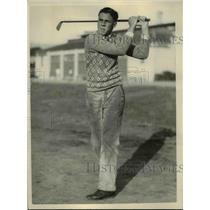 1915 Press Photo Hugh Ditzler Berkeley CA golfer at Oakland Municipal golf