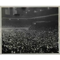 1939 Press Photo Communits rally at Madison Square Garden in NYC - net20669