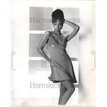 1990 Press Photo Fashion Women - RRR51675