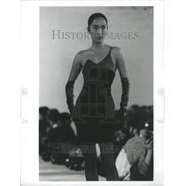 1990 Press Photo Fashion Women - RRR51685