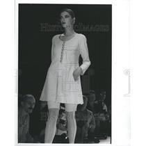 1990 Press Photo Fashion Women - RRR51689