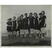 1930 Press Photo University of Maryland girls varsity soccer team practices