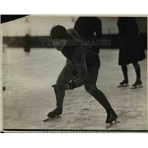 1926 Press Photo ONeil Farrell winner of 440 yard speed skate - net21257