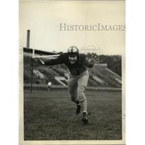 1940 Press Photo Boston College High School football star Robert O'Brien