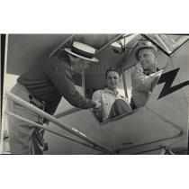 1946 Press Photo J. Fred Bohler to see son Robert who passed civil aeronautics