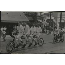 1931 Press Photo Four Passenger Conveyance an Antiquated Bicycle - spa32790