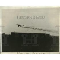 "1930 Press Photo Plane ""Tacoma"" of Harold Bromley Leaking Gas - nez24531"