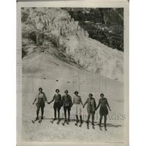 1927 Press Photo Group of women skiing on Mount Edith Cavell - nes51605