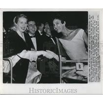 1955 Press Photo Eva Marie Saint & Jeff Hayden at Oscars/Academy Awards