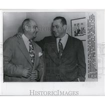 1950 Press Photo Eddie Sawyer and Robert Carpenter of Philadelphia Phillies