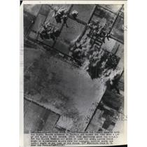 1943 Press Photo Allied Air Forces swoops onto the Castel Benito Airdrome