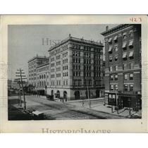 1884 Press Photo the Metropolitan Opera house in New York city - mjx16298