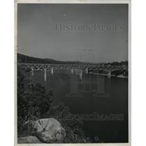 1955 Press Photo Bridge over Cumberland River at Burnside in Kentucky.