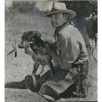 1964 Press Photo Brian Keith Actor Television Dog - RRR69623